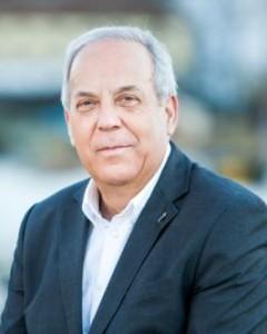 1- Ramón García Vázquez  (Alcalde)